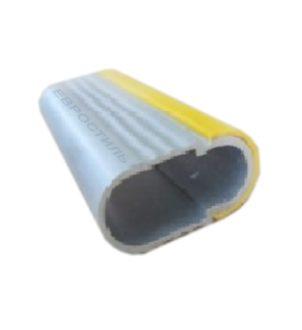 Штанга для одежды с желтым пластиком